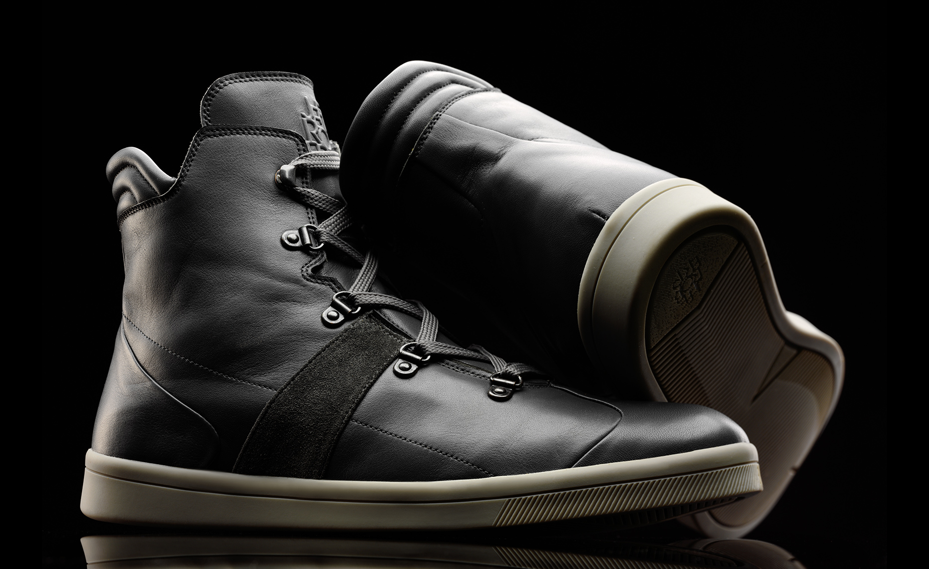 TechBoot_Gray_Detail_1017-Edit-2